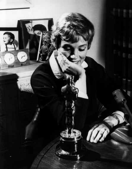 Julie Andrews with the Oscar she won for Mary Poppins in 1965.