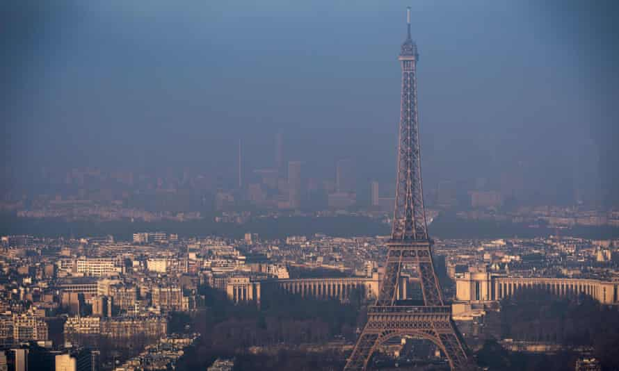 The have been numerous spikes in pollution in which smog has enveloped Paris.