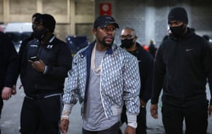 Floyd Mayweather Jr arrives at the show.
