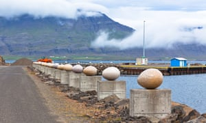 The Stone Eggs of Merry Bay in Djupivogur represent 34 bird species found in the area.