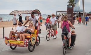 Rickshaws have been accused of focusing on tourism rather than contributing to citizens' mobility.