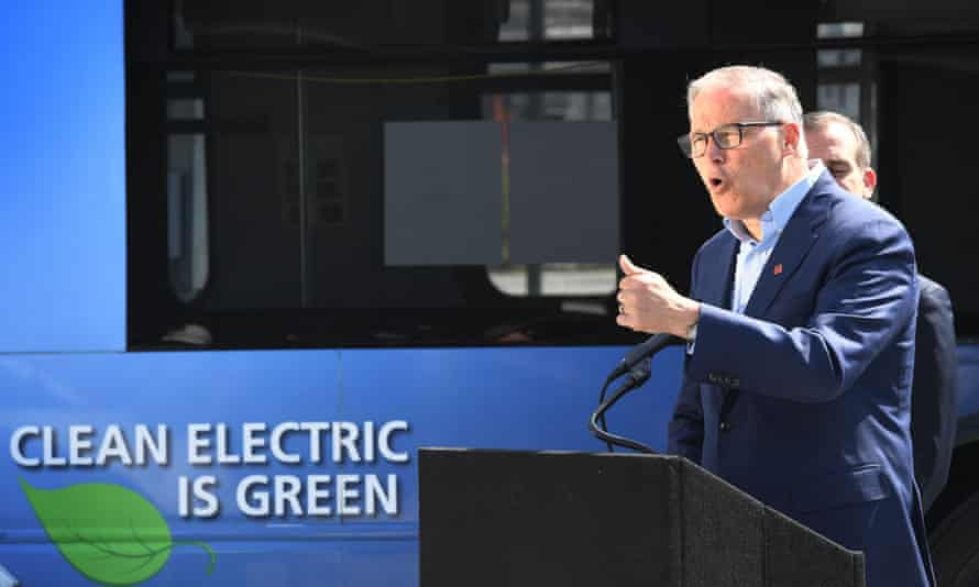 Jay Inslee's climate change plan echoes progressives' Green New Deal, but with far more details and fewer commitments to social programs.