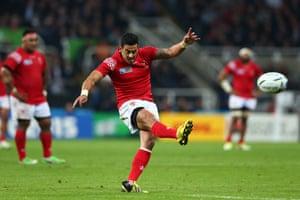 Morath kicks the penalty.