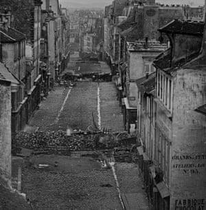 Historic image of riots in Paris in 1848.