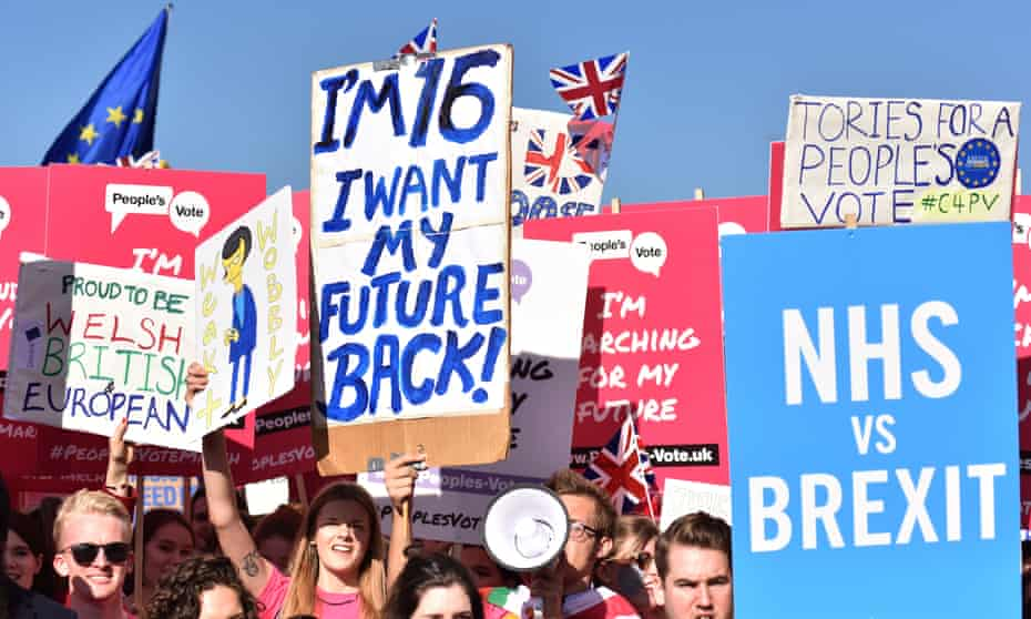 Hundreds of thousands of people marched in London in October demand a people's vote on Brexit