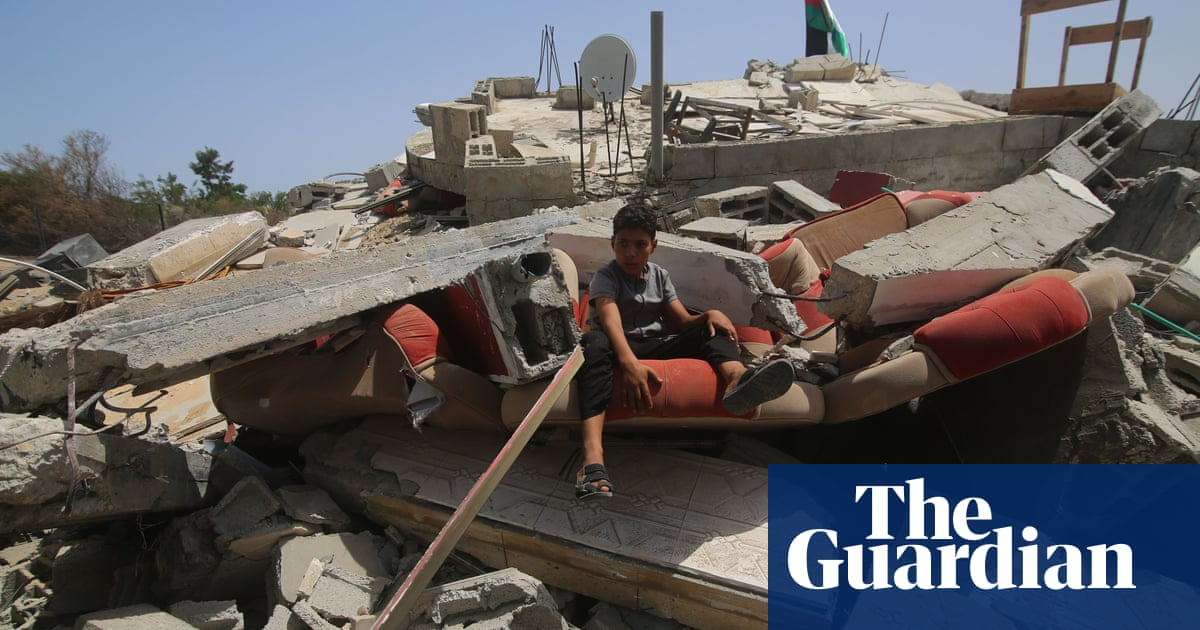 Palestinians return to damaged homes as UN calls for Gaza dialogue