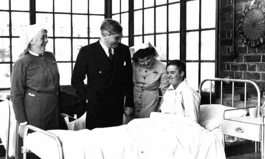 Aneurin Bevan's (second left) visit to Park Hospital, Davyhulme, Manchester, to launch the NHS.