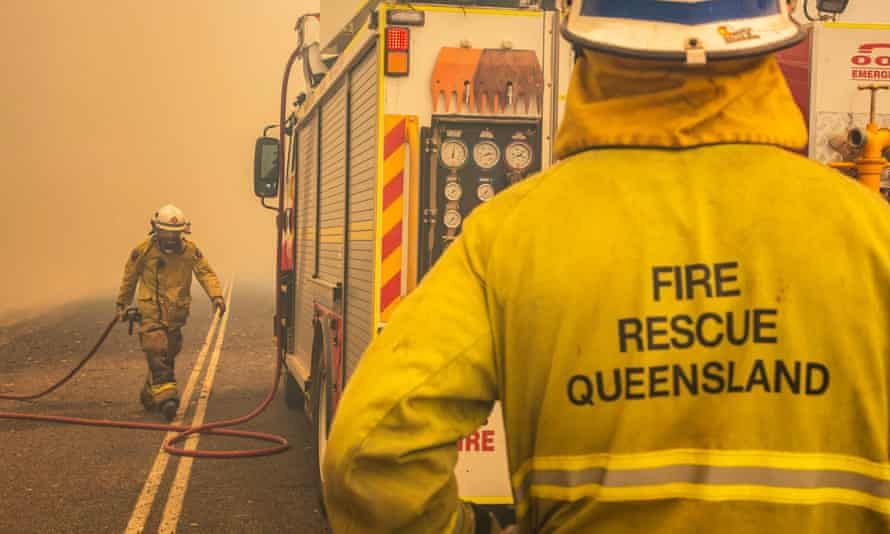 Firefighters working to control a bushfire in Deepwater, Central Queensland, 30 November 2018.