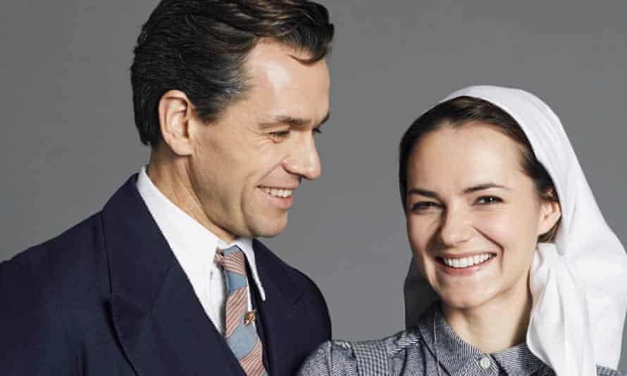 Captain Georg von Trapp (Julian Ovenden) and Maria Rainer (Kara Tointon).