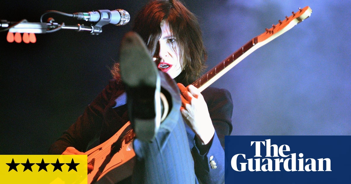 Sleater-Kinney review – versatile guitar heroes reach perfection