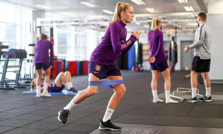 Ellie Roebuck prepares for Saturday's England game against Germany.