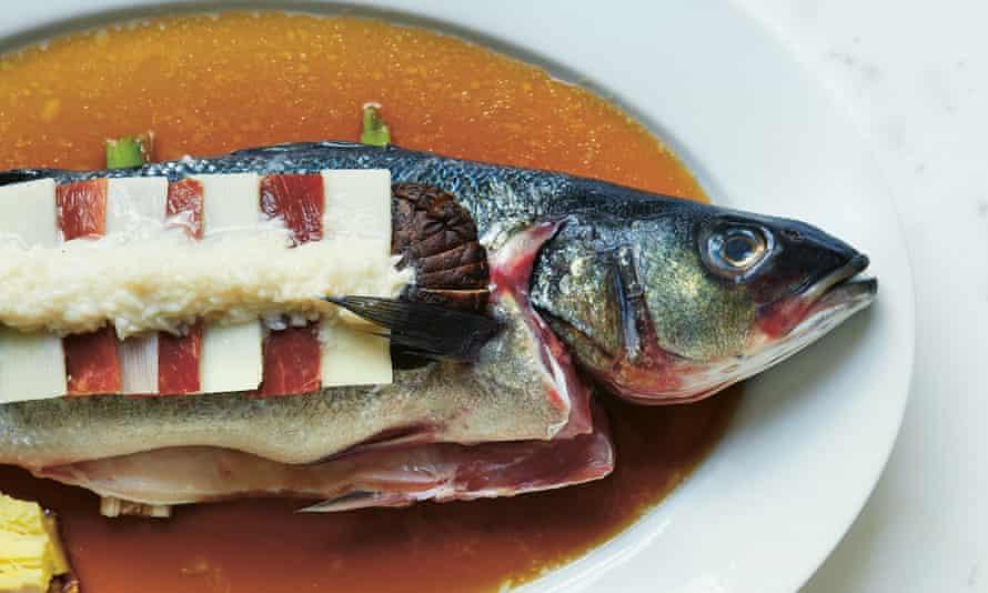 Clear-steamed sea bass