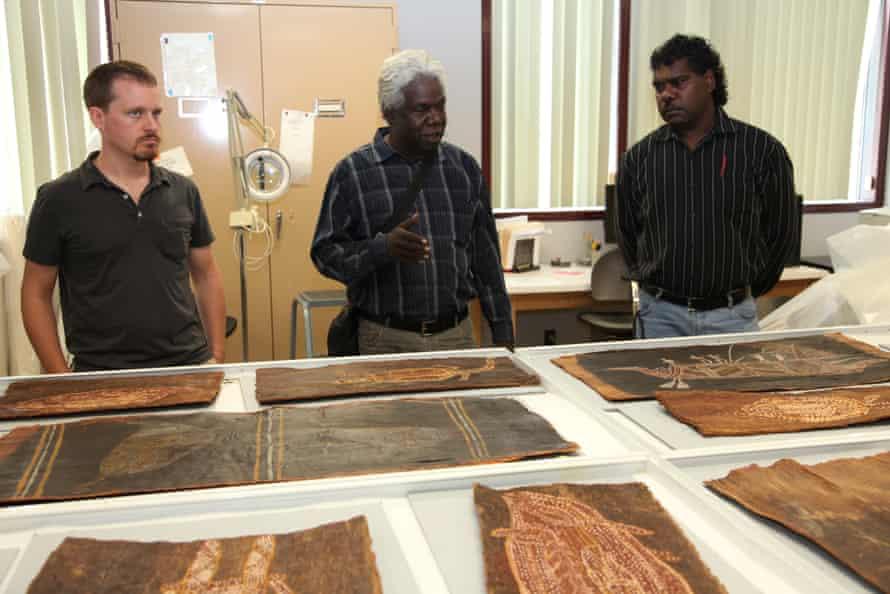 Joe Gumbula (centre) at the Smithsonian, Washington DC, July 2010 and Thomas Amagula from Groote Eylandt (left).