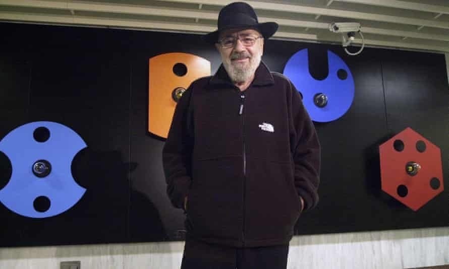 Takis with some of his artwork at a metro station in Athens, 2001.