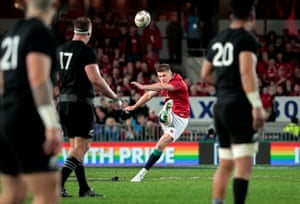 Lions' Owen Farrell kicks a penalty to level the game.