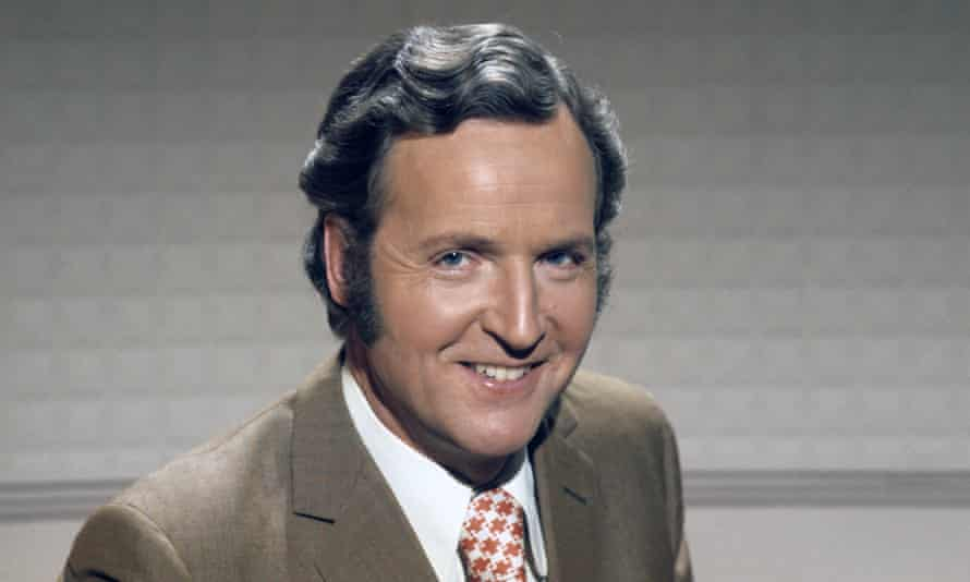 Nicholas Parsons in Sale of the Century, 1974.