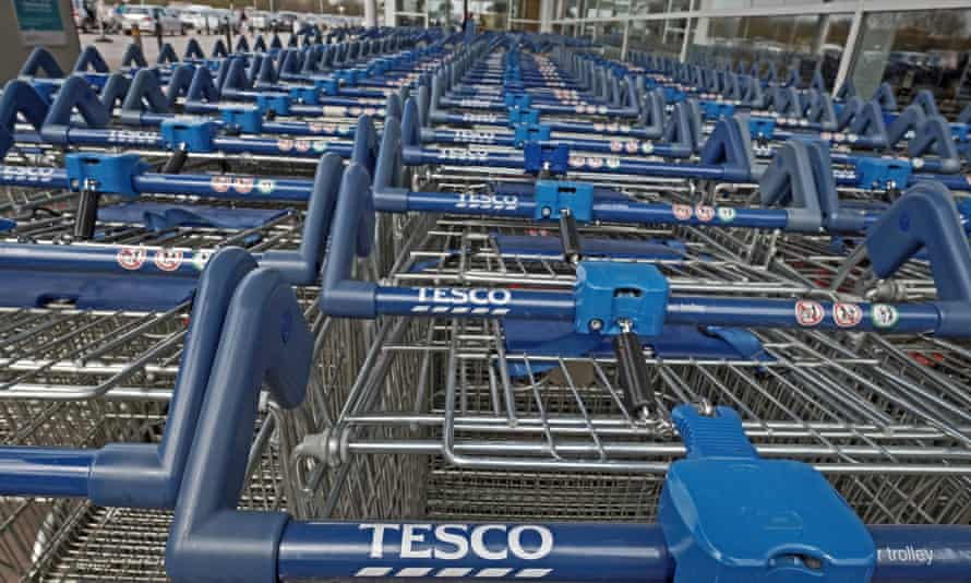 Tesco is readying to sell off its mobile business.