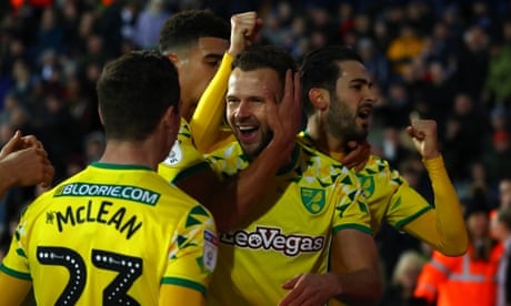 Late Jordan Rhodes equaliser earns Norwich draw with West Brom