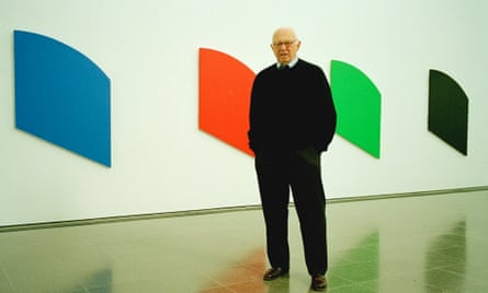 Ellsworth Kelly at a 2006 exhibition of his work in London.