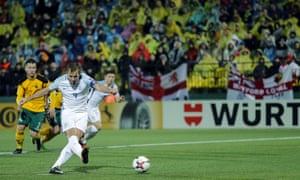 Harry Kane scores a penalty.