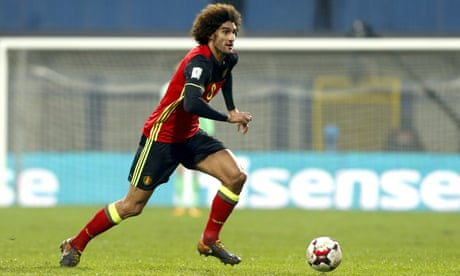 Marouane Fellaini out of Manchester United trip to Liverpool with knee injury