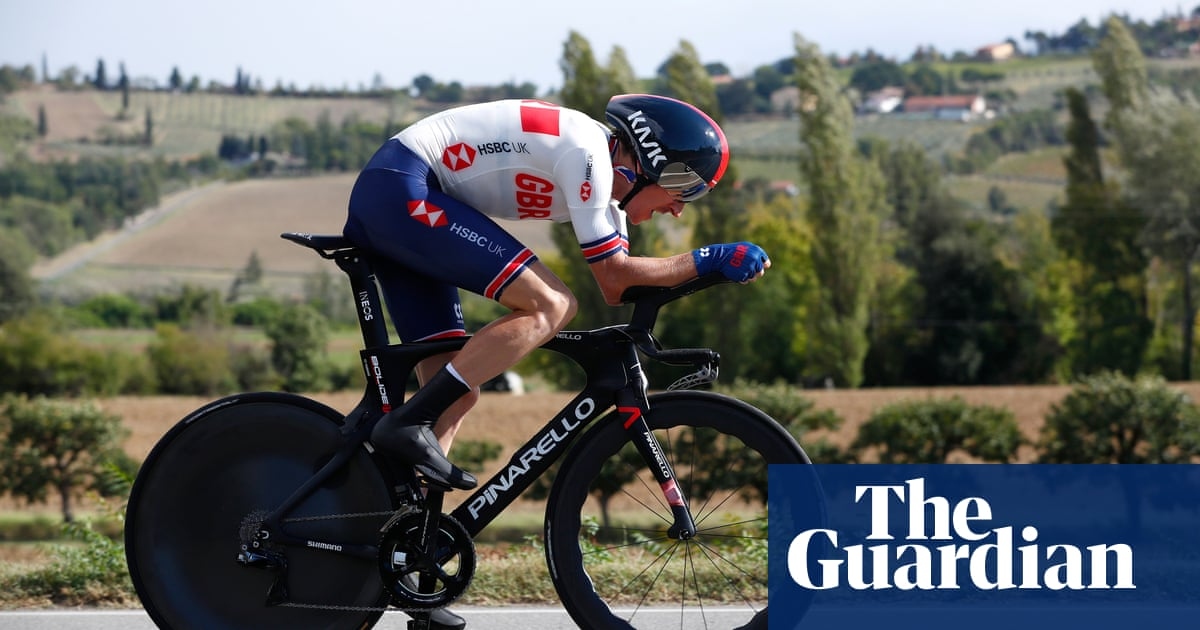Geraint Thomas lays down Giro marker in world time trial won by Filippo Ganna