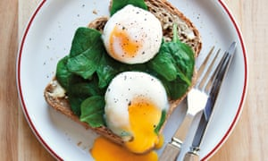Sunny side up: Easy eggs Florentine – a minute and a half in the microwave.