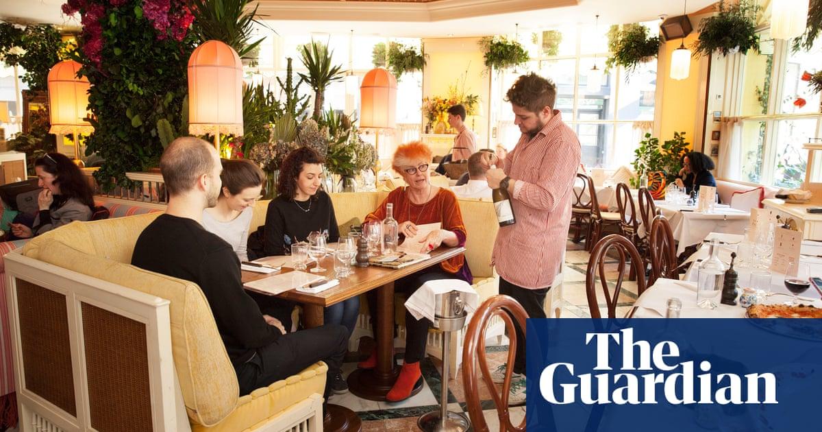 Gloria London Ec2 Kicks Brexit Gloom Up The Arse