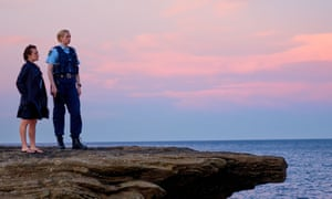 Robin Griffin (Elisabeth Moss) and Miranda Hilmarson (Gwendoline Christie)