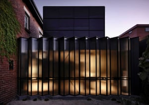 National award for residential architecture  Houses (alterations and additions): Powell Street House, South Yarra, Victoria. By Robert Simeoni Architects.