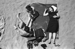 Coney Island Threesome, New York, 1947