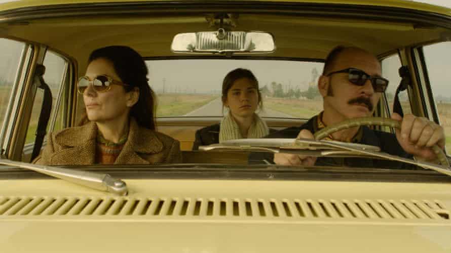 Andrea Frigerio, Laura Grandinetti and Darío Grandinetti in Rojo.