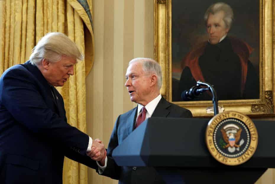 Donald trump with Jeff Sessions in 2017.