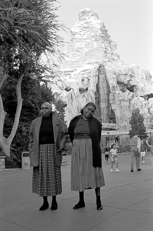 Violet Petyarre (left) and Kathleen Petyarre in Disneyland.
