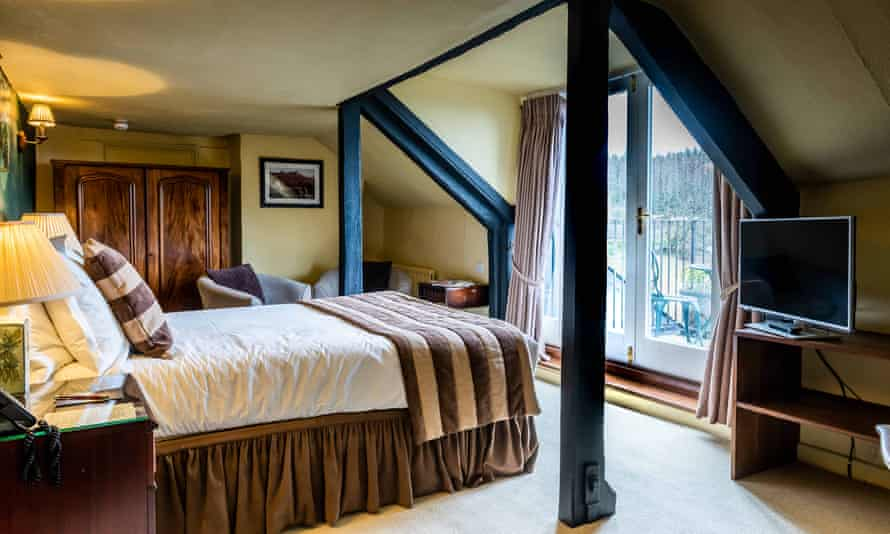 Rock-Inn-bedroom with balcony