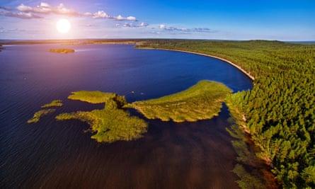 Lake Syamozero in Karelia