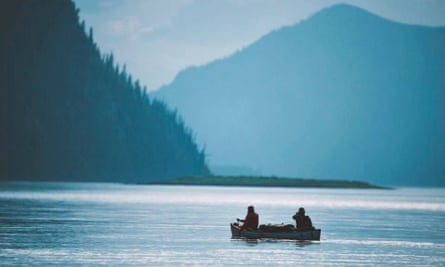 Ian Finch and Jay Kolsch canoeing on the Yukon river in Canada.