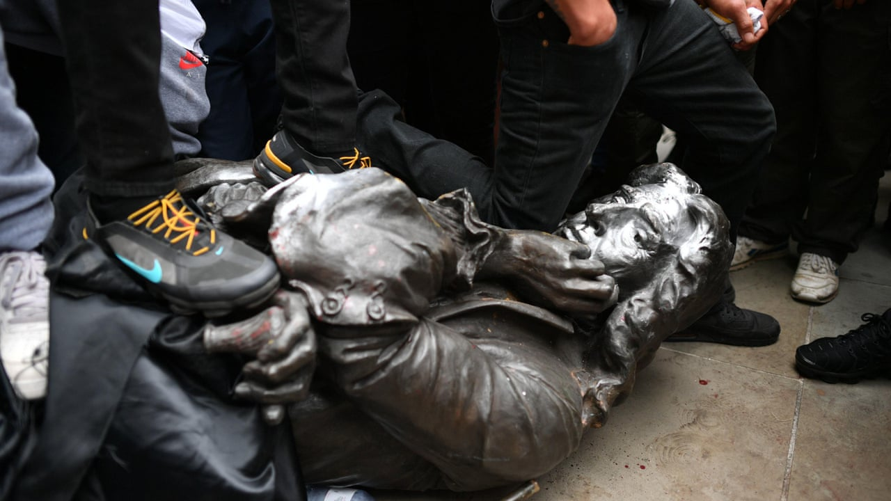 Cheers as Bristol protesters pull down statue of 17th century ...