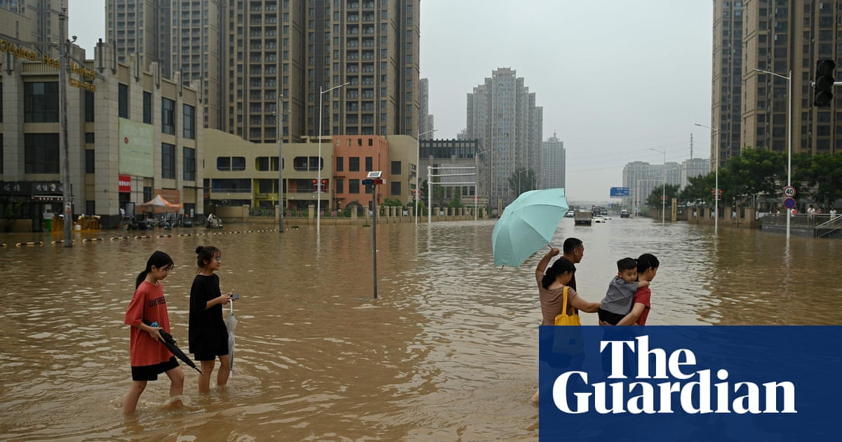 Foreign journalists harassed by Chinese citizens over floods coverage