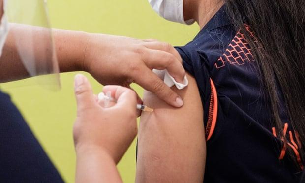 Neuseeland entlässt neun Grenzbeamte, die den COVID-Impfstoff verweigert haben