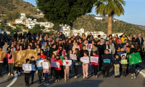 Totalán residents march in support of Julen.