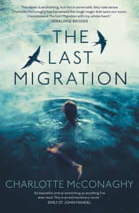 Book cover of The Last Migration by Charlotte McConaghy