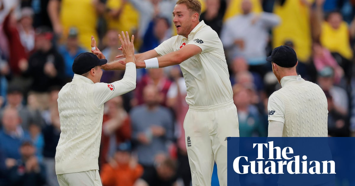 Stuart Broad enjoying belated love affair with Headingley in Ashes Test | Andy Bull