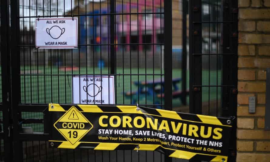 Closed school with coronavirus warning