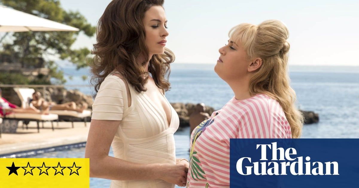The Hustle review – Anne Hathaway kills the comedy in dire