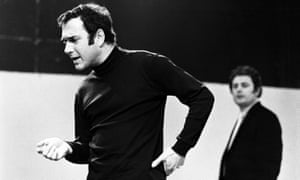 Harold Pinter rehearsing the role of Lenny in The Homecoming at the Watford Palace theatre in 1969.