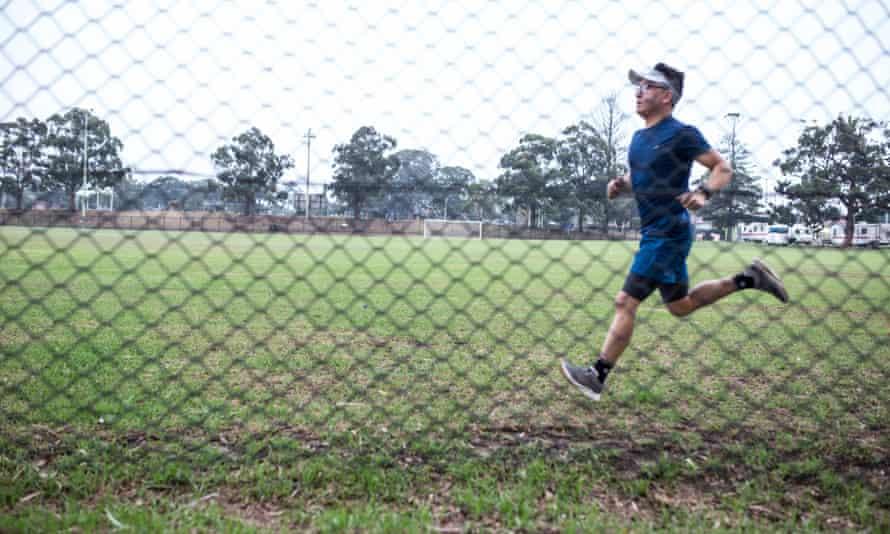 Afghan refugee Zaki Haidari running in Canberra