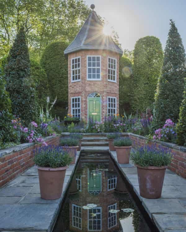 The British Eccentrics garden designed by Diarmuid Gavin.