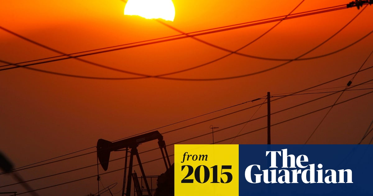 Trafigura to pay $775m in bonuses as oil prices tumble | World news