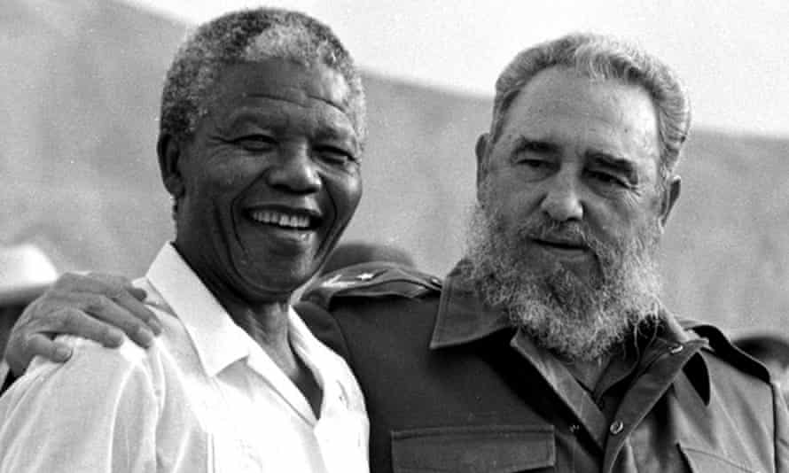 Fidel Castro and Nelson Mandela in 1991.